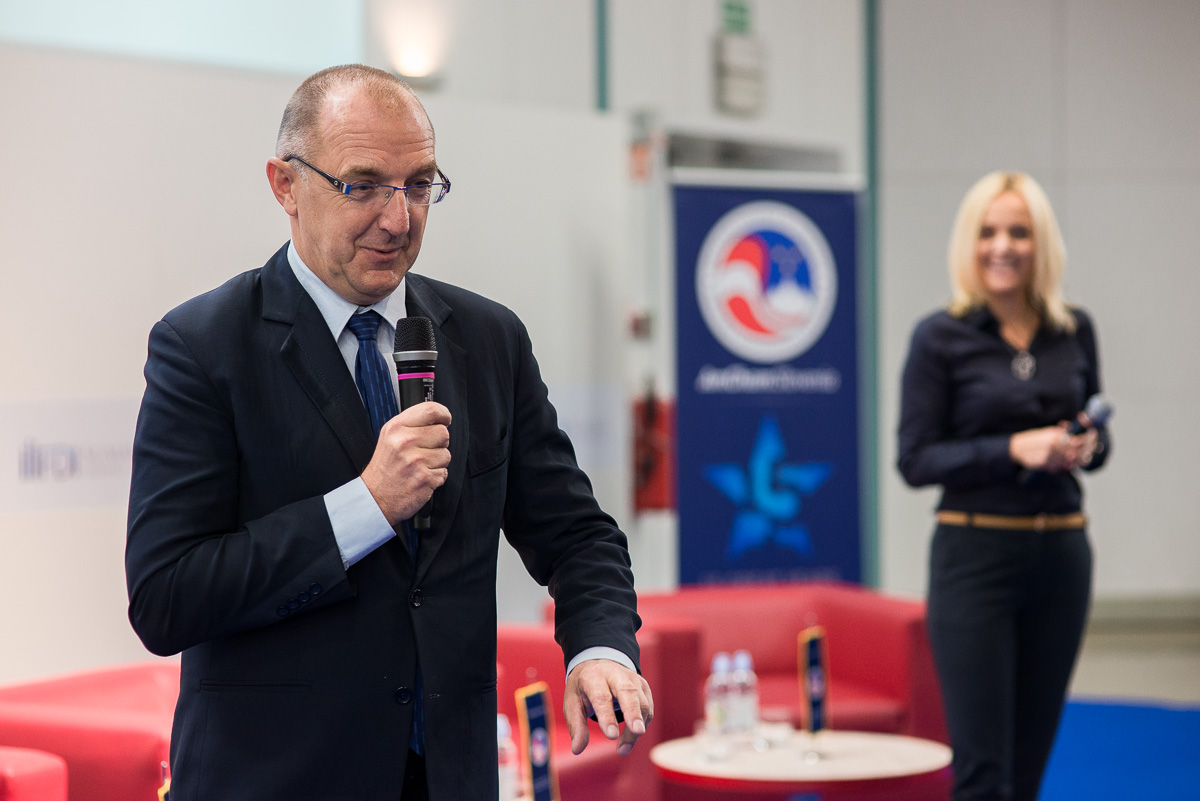 aljazhafner_com_FDI_Summit_2014_Slovenia_Times - 007